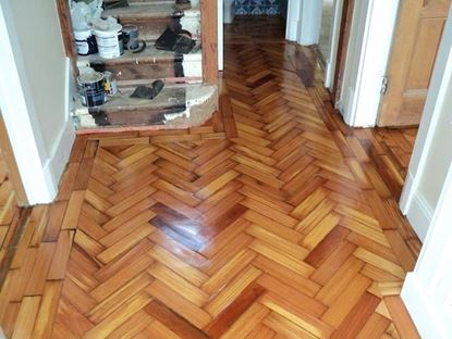 Picture of Glue Fingers Parquet